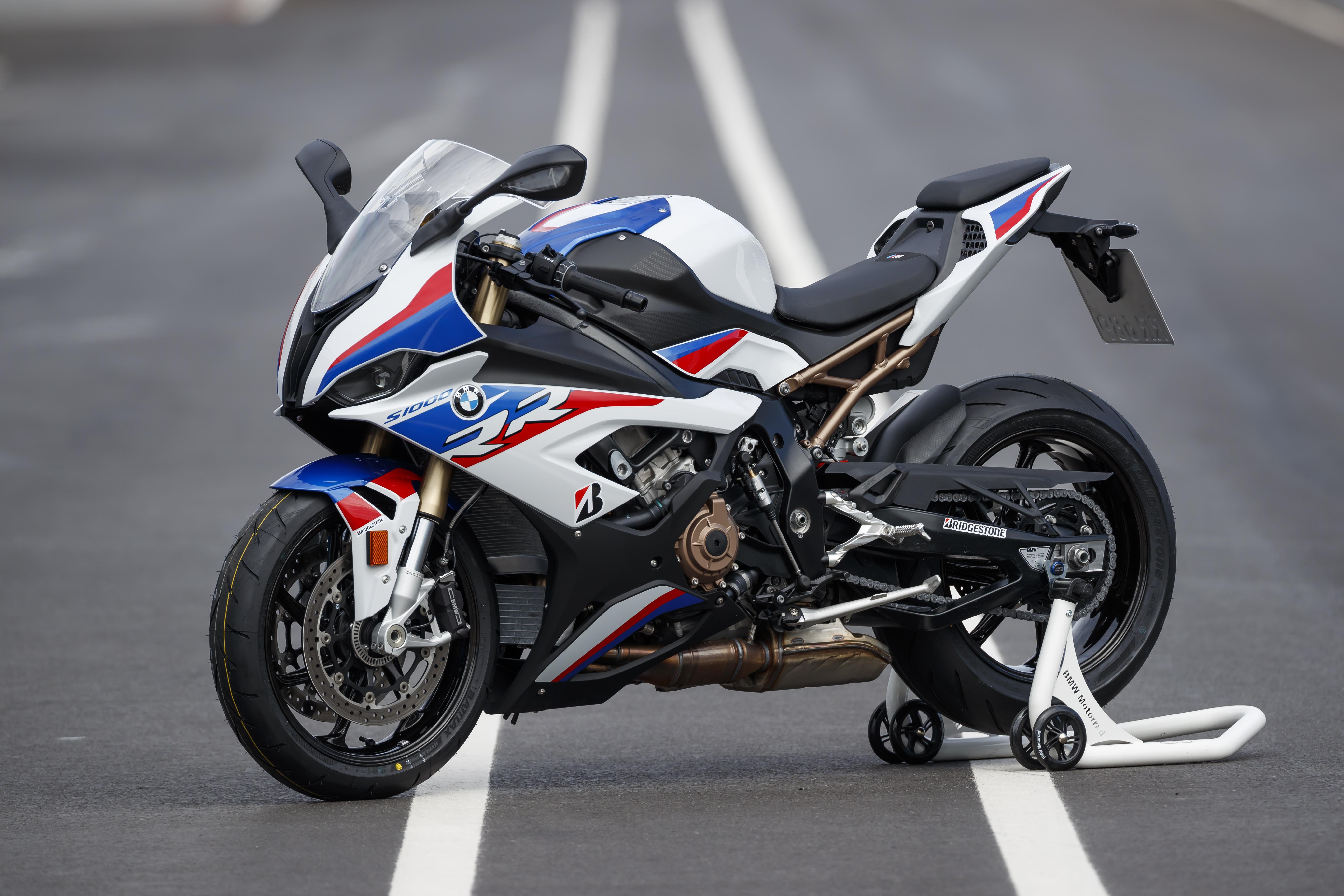2020 BMW S1000RR Recalled for Oil Leaks - Asphalt & Rubber